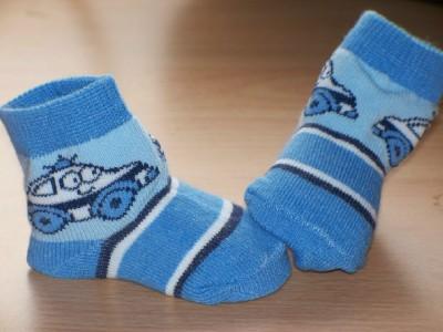 Tiny baby boys socks Playtime range 5-8lb 000