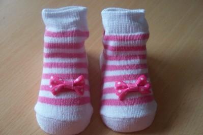 girls pretty tiny baby socks DEEP PINK MINIBOW 5-8b 000