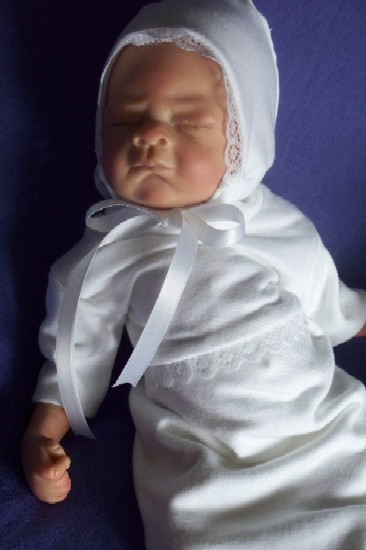 premature baby loss bereavement gown only LADY IN LACE born at 22-26 week