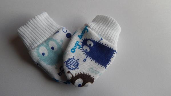 cute premature baby scratch mittens 3-5lb babies boys UGABUGA
