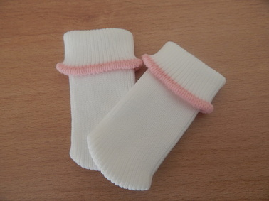 cute tiny babies socks premature baby loss bereavement PINK TRIM 1-2lb