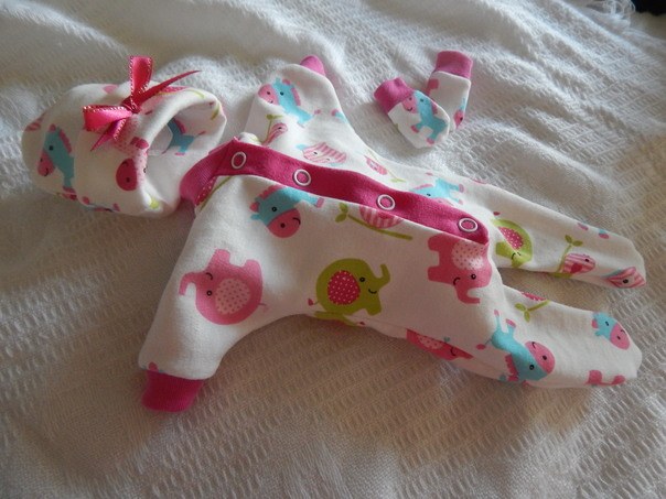 girls premature baby clothing PONY RIDES 2-3lb
