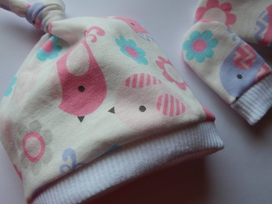 PREMATURE neonatal baby tie knot hat and mittensPASTEL BIRDIES 3lb - 5lb