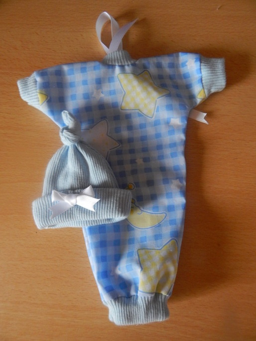 baby bereavement clothes infant boy MOOMBEAN SHROUD born at 20 weeks