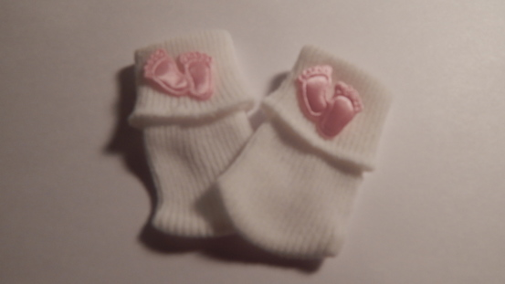 baby miscarriage bereavement clothes socks pink tiny toes 0-1lb born 20-22 weeks