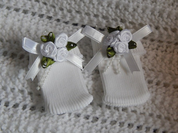 girls tiny premature babies socks bereavement clothes 0-1lb roses CONTENTED CHILD