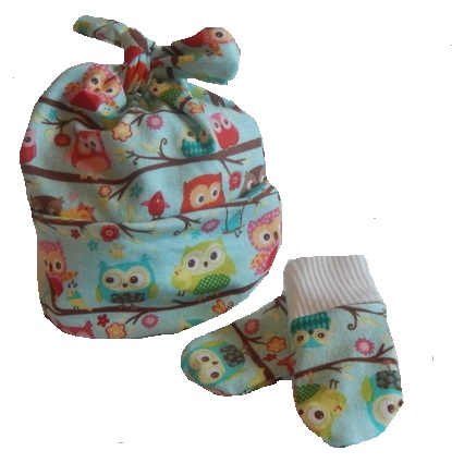 boys prem baby hat Designer knotted hat mitts OLLY OWL premature 3-5lb size