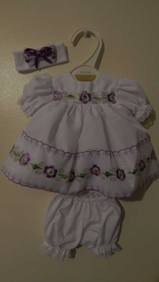 tiny baby dress delightful dress set premature baby 2-3lb LILY