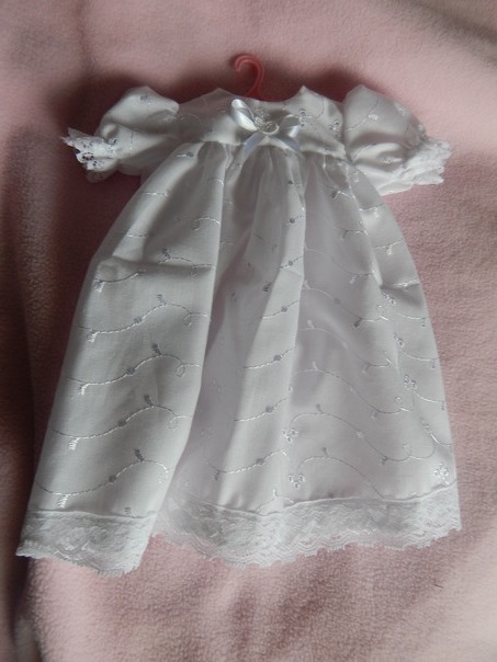 premature baby loss Girls Bereavement gown dress LILYLOVEHEART 3-4LB