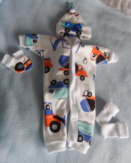 Nanny Nicu boys tiny baby clothes set preterm 2-3lb size PENGUINS AT WORK