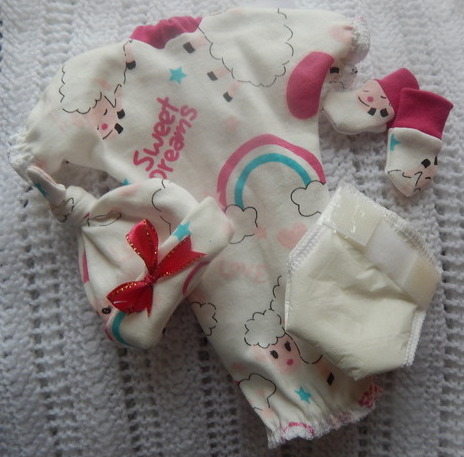 tiny baby bereavement clothes LAND OF NOD gown hat mitts nappy 0-2LB