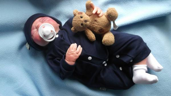 Nanny Nicu BOYS premature baby clothing beanie hat set WARM SHADES 2-3LB.