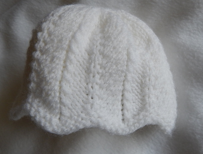 tiny baby hats girls CURVY EDGE TRIM 5-8LB premature babies in white