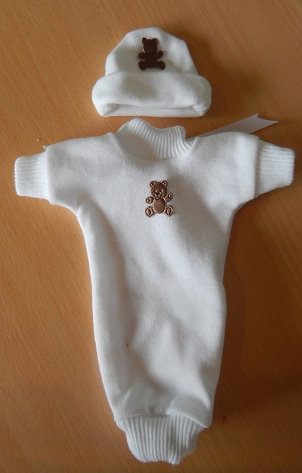 very tiny baby bereavement clothes UNISEX GOODNIGHT SLEEPTIGHT born18-20 weeks