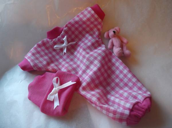Tiny baby loss clothes Pink  GOODNIGHT KISS stillbirth 20 - 22 weeks pregnant