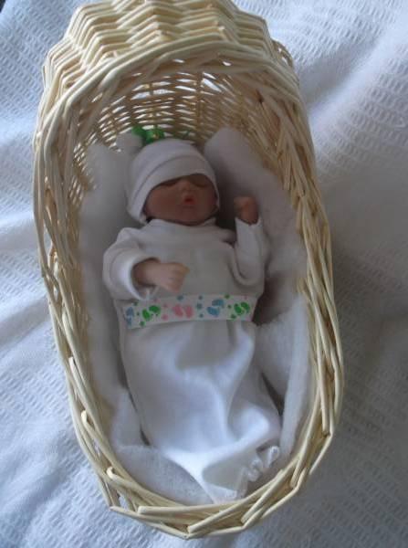 stillbirth baby clothes tiny baby loss sizes 20-22 weeks LITTLE FOOTPRINT Unisex