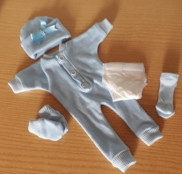 little boys baby bereavement outfit born at 24 weeks TRISOMY 18 blue