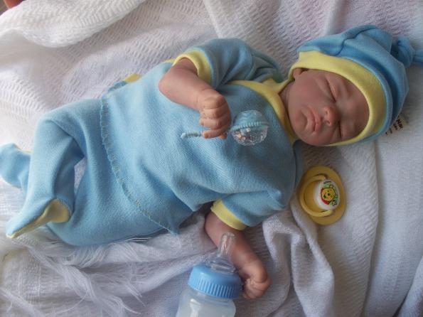 Nanny Nicu BOYS tiny baby clothes mummys little RAY OF SUNSHINE size 3-5LB.