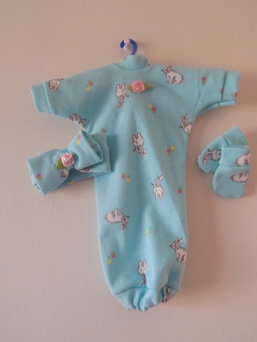 Baby girls bereavement gown BUNNY KINGDOM Born 20-22 weeks