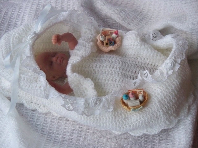 Tiny Baby Bereavement Basket Baby Loss Burial Cribs Stillbirth Fetal Demise Pouches