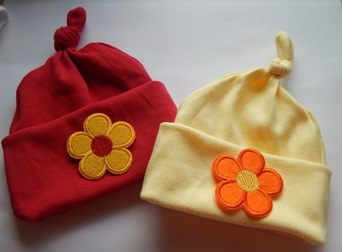 3 lb premature babies clothes hats pack 2 FLOWER FUN red lemon size 3-5lb