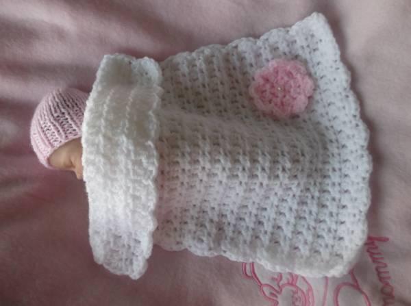 Baby bereavement preemie burial blanket 18-22 weeks gestation TINY BLOSSOM