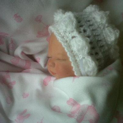 tiny baby bonnet 16cm WHITE MISS ELLE baby bereavement