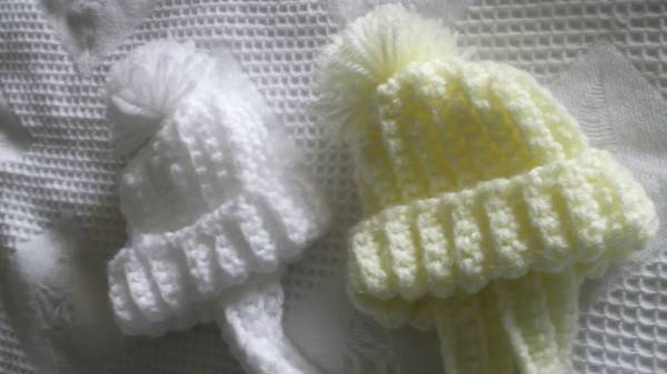 prem baby clothes FIRST tie hat bobble 1-3LB lemon or white