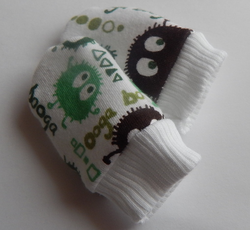 premature babies accessories mittens 1 pair UGABUGA Green 3-5lb size