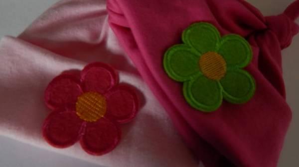 3 lb premature babies clothes hats pack 2 FLOWER FUN Pinks 3-5lb
