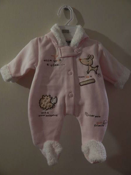 Premature baby coat Pink SNOWSUIT tiny babies HEDGEHOG + FRIENDS 2-2.5KG