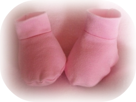 Snuggies soft Premature baby shoes cotton shoes tiny baby 3-5lb PINK