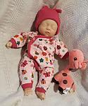 early baby clothes little girls outfit 2-3lb BUZY MRS BEE