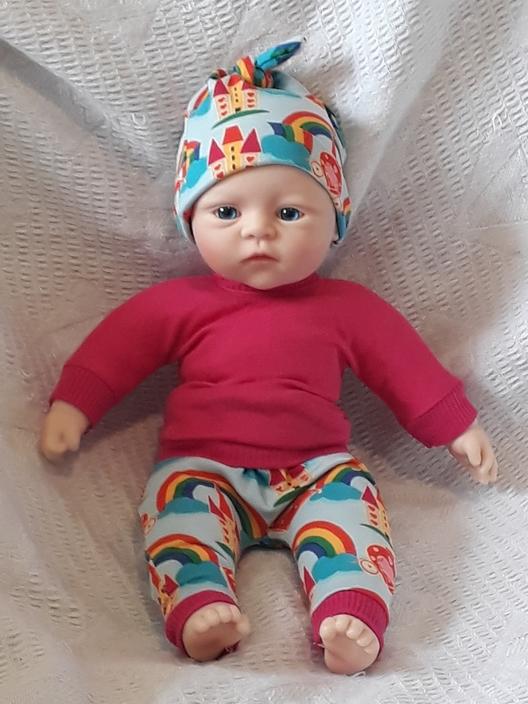early babies clothes complete outfit 2-3lb PRINCESS CASTLE
