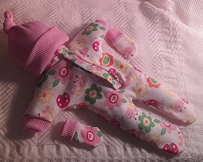 baby girls bereavement clothes tiny born 23-24 weeks GARDENS SCENT