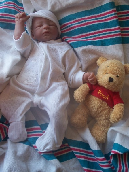cotton baby grow tiny newborn baby  WHITE 5-8lb BUNNY HEAVEN
