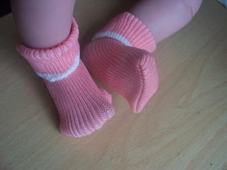 cheap premature baby clothes pair socks 2-3lb Peach