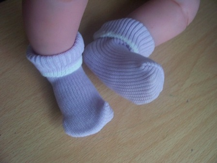 SNUGGIES  girls premature baby socks LAVENDAR Size 1-5LB 000000