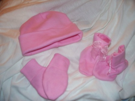 Snuggies Premature baby girl my first gift set PINK 3-5LB