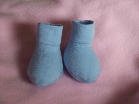 Boys Snuggies soft baby shoes Premature baby size 3-5lb BLUE