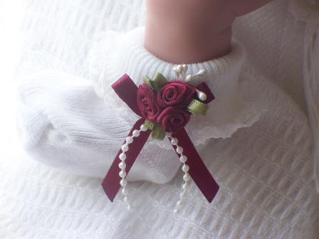 SNUGGIES  premature baby girls socks BEST burgandy 3-5lb