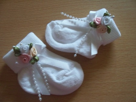 Premature baby girls special occassion socks 000 5-8lb
