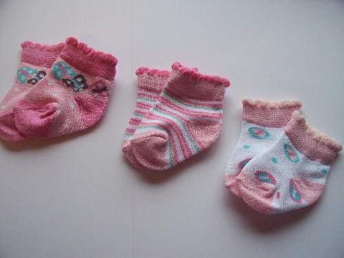 girls premature newborn  babies socks Butterflies 3-5lb size 0000