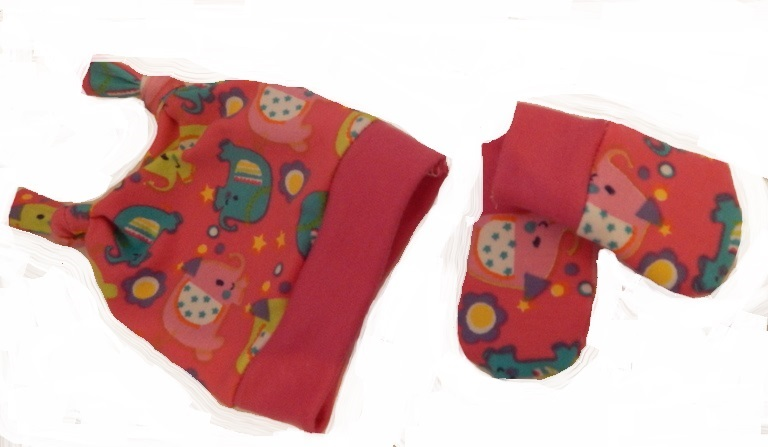 premature baby clothes girls hat and scratch mittens LITTLE NELLIES  3-5LB