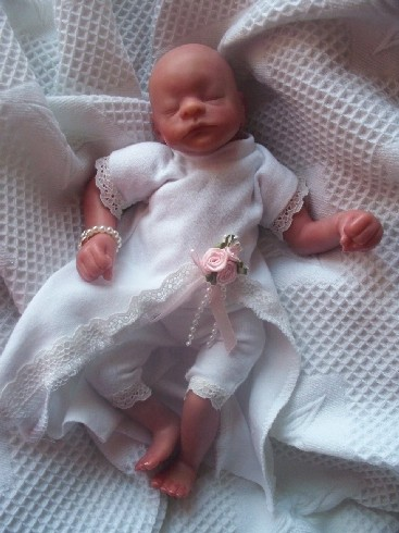 miss elegance Fetal demise GIRLS Baby loss burial gown pregnant 22 weeks - 24 weeks