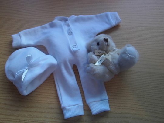 unisex baby burial clothes TRISOMY 18 born 24 weeks SNUGGLE GROW