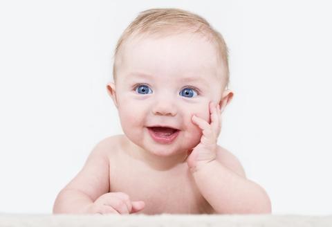 baby milestones 0-1y